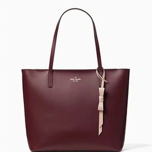 kate spade Bags - Kate Spade Zip Tote With Bow